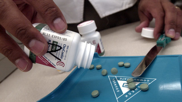 PHOTO: The powerful painkiller, OxyContin, seen at a Walgreens drugstore in Brookline, MA on August 21, 2001, is now being tested to see how the drug works in children by Purdue Pharma.