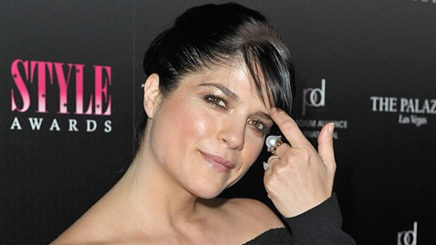gty selma blair ll 111202 wblog Dont Panic, Selma Blair! The Truth About Hair Loss After Pregnancy