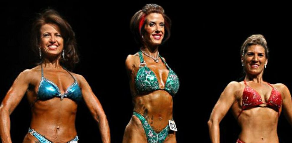 PHOTO: Armless bodybuilder Barbie Thomas