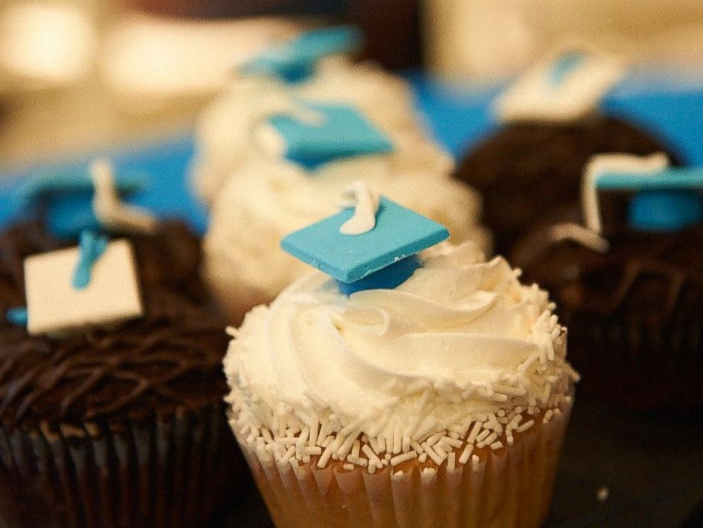 PHOTO: The hospital had special graduation cupcakes for the occasion.