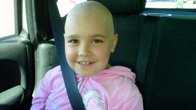 PHOTO: Natalie Cosman, 8, was diagnosed with ovarian cancer in June 2011.