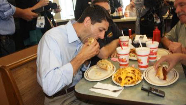 PHOTO: Paul Ryan stopped Thursday at the Original Hot Dog Shoppe in Warren, Ohio, where he chomped down on hot dogs and cheese fries.