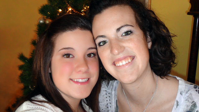 PHOTO: Rebeka Kasper, right, recovered in time to spend Christmas with her parents and twin sister Aly, left.