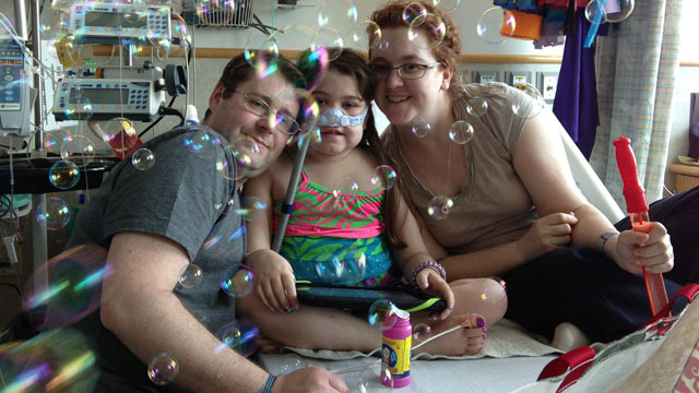 PHOTO: Sarah Murnaghan, 10, has a shot at a lung transplant after a controversial rule effectively pushed her to the bottom of the transplant list because of her age.