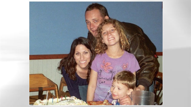PHOTO: For more than two years, the Schofields, a Southern California family of four, lived in two separate, rented apartments as they grappled with daughter Janis schizophrenia.