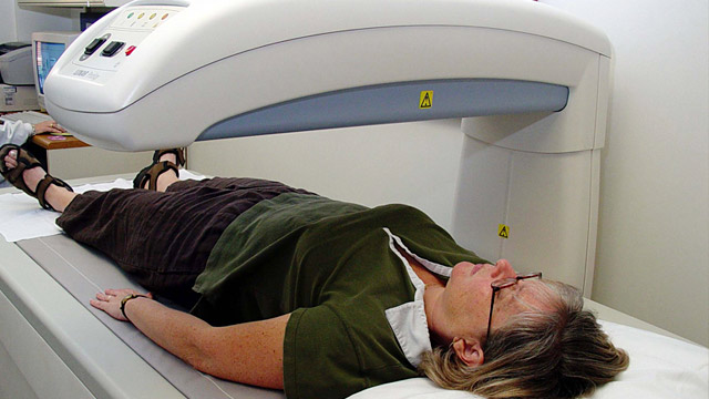 PHOTO: Bone density test