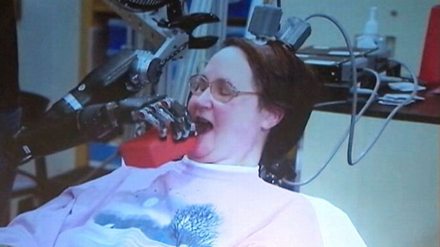 VIDEO: Jan Scheuermann, 52, can now feed herself thanks to technology from Pittsburgh researchers.