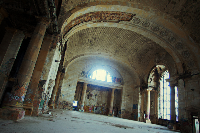 01d Detroit Michigan Central Station ll 130314 wblog Urban Decay: Structures in Ruin