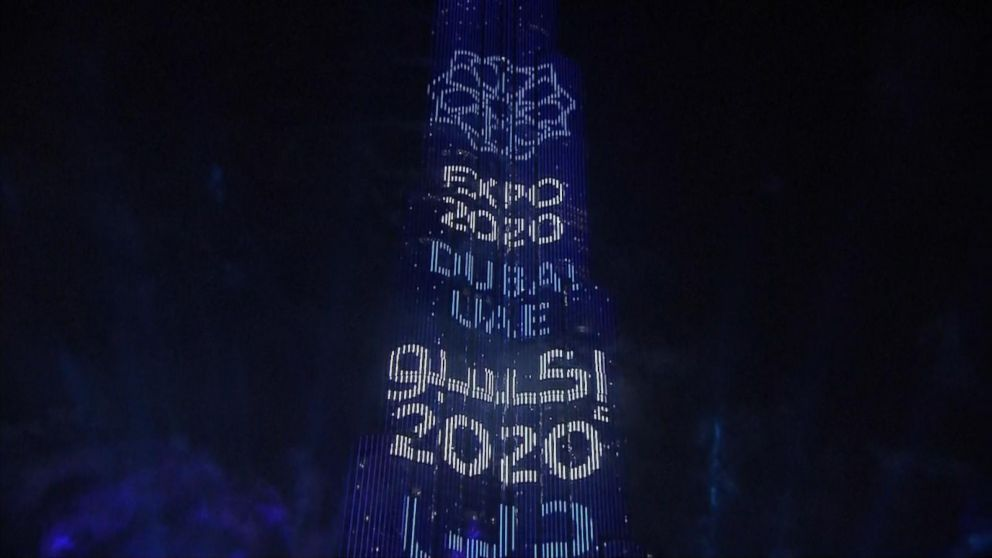 VIDEO: Middle East rings in the New Year with fireworks display.