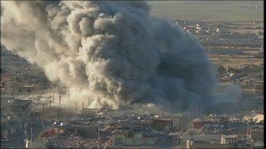 ' ' from the web at 'http://a.abcnews.go.com/images/International/151112_gma_sinjar_isis_16x9t_384.jpg'