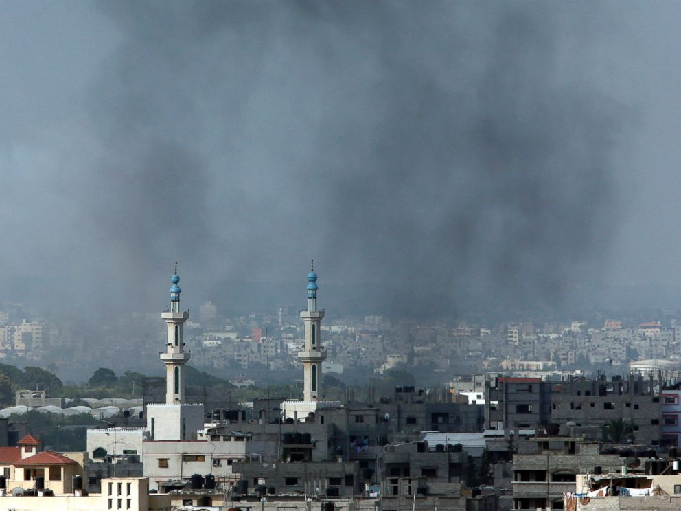 PHOTO: Smoke rises after an Israeli missile strike in Gaza City, northern Gaza Strip, July 18, 2014.