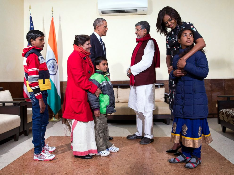 PHOTO: U.S. President Barack Obama and first lady Michelle Obama meet with Kailash Satyarthi, his wife Sumedha, with Deepak, Payal Jangid, front right, and Ayub Khan, at the Siri Fort Auditorium in New Delhi, India, Jan. 27, 2015.