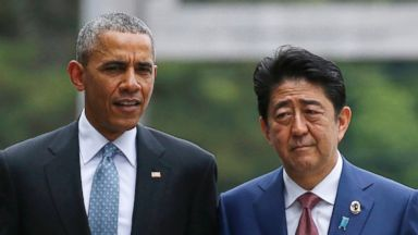 PHOTO: President Obama and Japans Prime Minister Shinzo walk on the Ujibashi bridge as they visit the Ise Jingu shrine in Ise, Mie prefecture, Japan, May 26, 2016, ahead of the first session of the G-7 summit meetings.