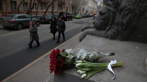 http://a.abcnews.go.com/images/International/AP_Russia_flowers_Belgium_Attack_ml_160322_16x9_608.jpg