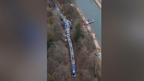 http://a.abcnews.go.com/images/International/AP_germany_trainwreck_float_as_160209_16x9_608.jpg