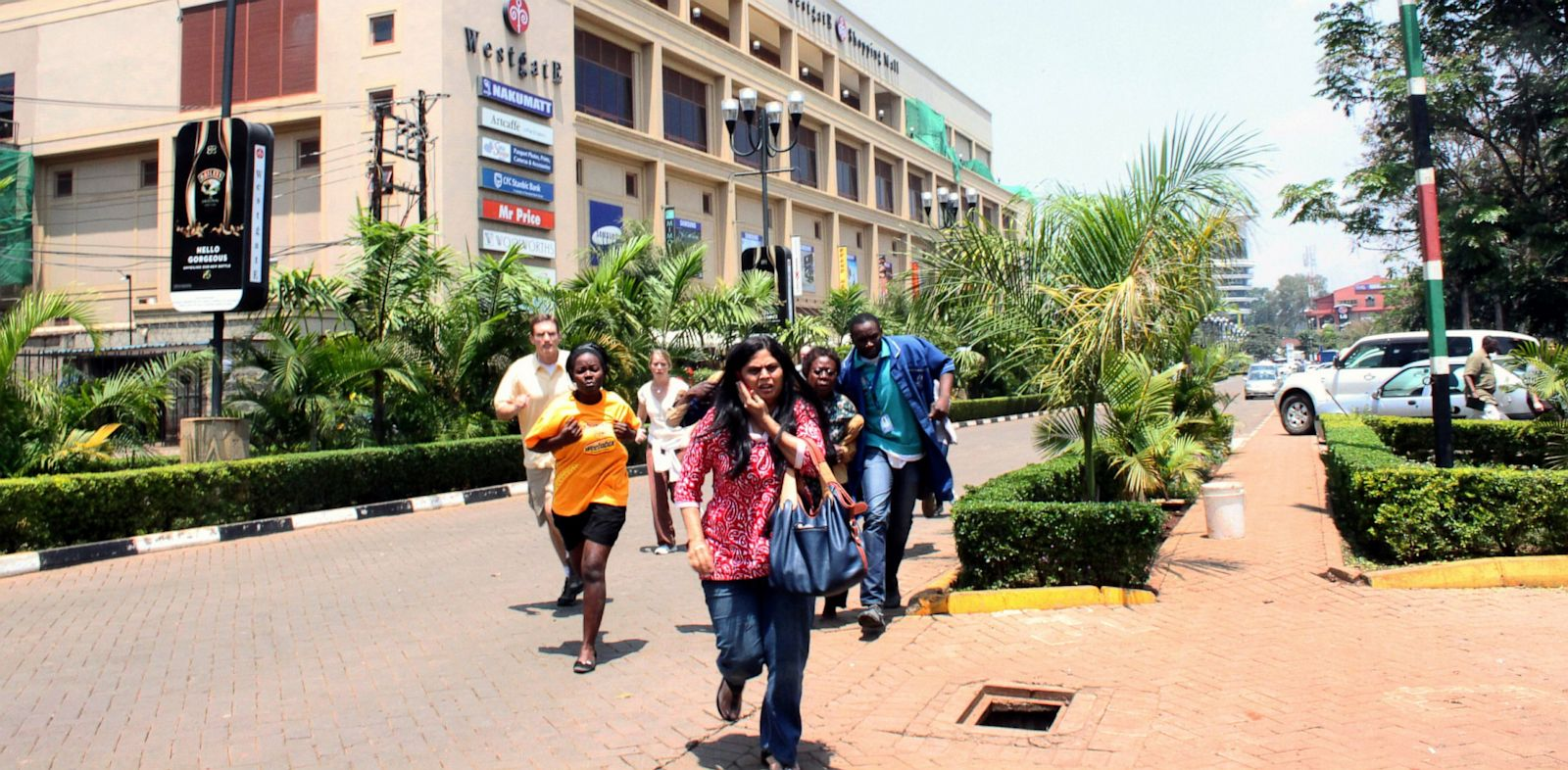 PHOTO: People run from Westgate Mall in Nairobi, Kenya after an attack by gunmen