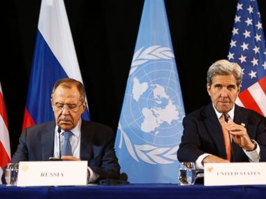 PHOTO: U.S. Secretary of State John Kerry, right, and Russian Foreign Minister Sergey Lavrov arrive for a news conference after the International Syria Support Group (ISSG) meeting in Munich, Feb. 12, 2016.