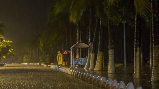http://a.abcnews.go.com/images/International/GTY_Hurricane_Patricia_Mexico_rain_151024_DC_16x9_608.jpg