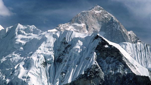 http://a.abcnews.go.com/images/International/GTY_Mt_Everest_MEM_160523_16x9_608.jpg