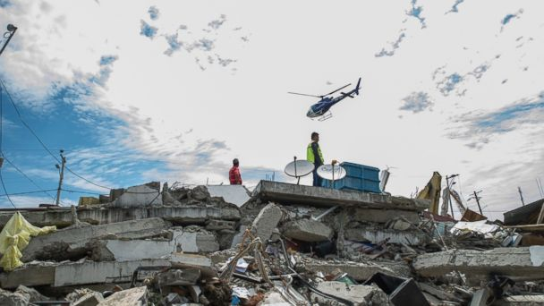 http://a.abcnews.go.com/images/International/GTY_ecuador_earthquake_jt_160418_16x9_608.jpg