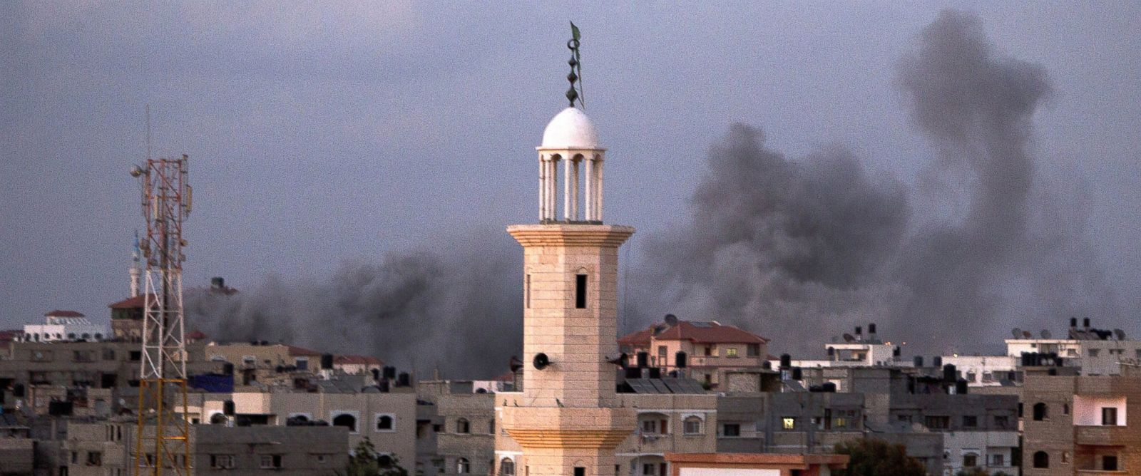 PHOTO: Smoke billows following an Israeli air strike in Gaza City, July 15, 2014.