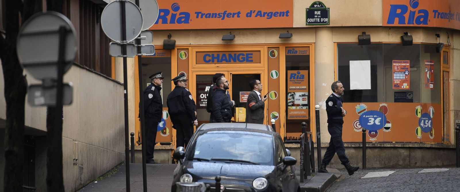 PHOTO: French police are seen near a police station in the Rue de la Goutte dOr near Barbes-Rochechouart metro station in the north of Paris, Jan. 7, 2016.