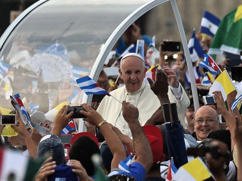 PHOTO: Pope Francis arrives at Revolution Square in Havana, Cuba, Sept. 20, 2015.