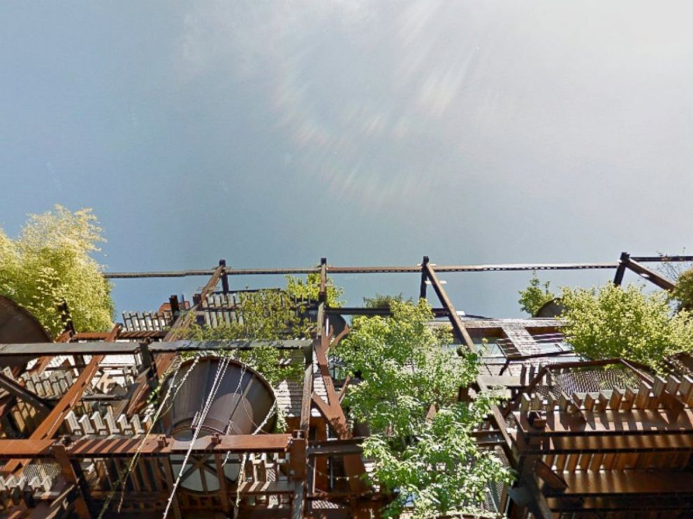 Treehouse Apartment Building in Italy Protects Residents From Air ...