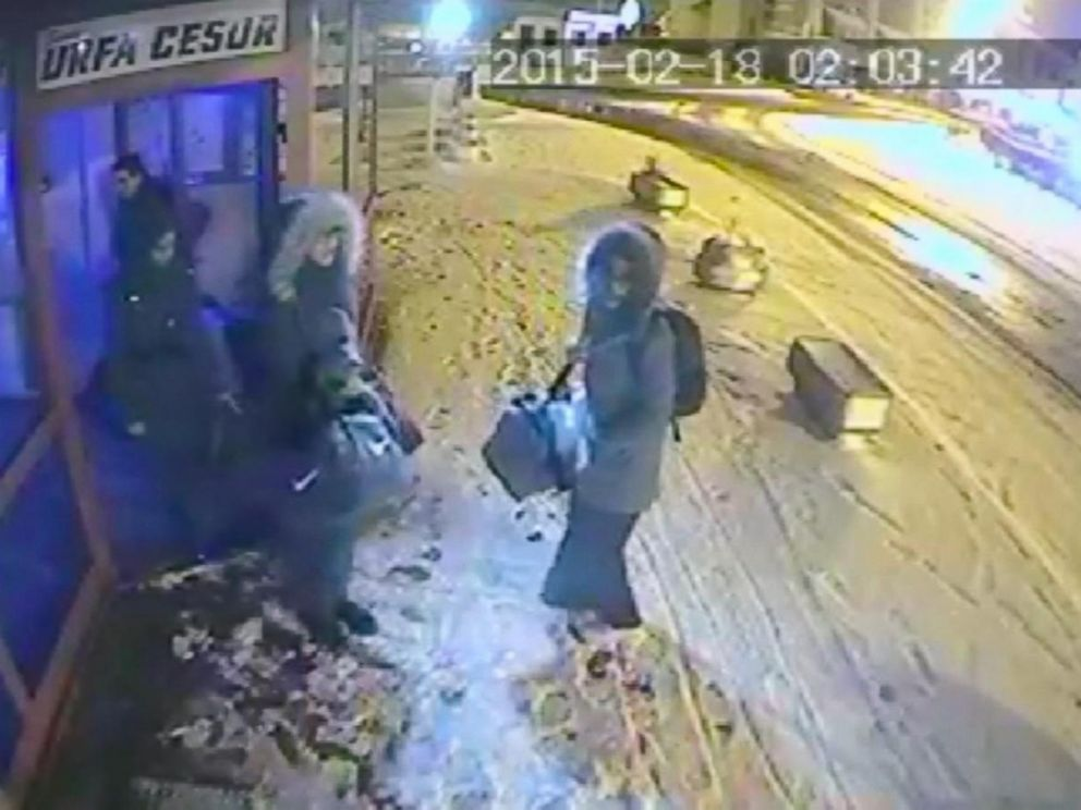 PHOTO: CCTV footage reportedly captured three British schoolgirls in Istanbul as they headed to Syria to join ISIS on Feb. 17, 2015.