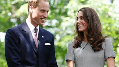 PHOTO: Britains Prince William and his wife Catherine, Duchess of Cambridge