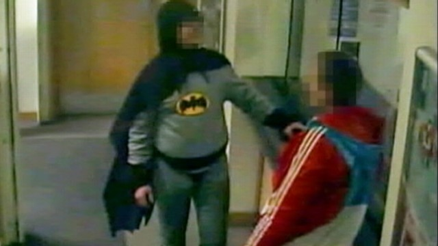 VIDEO: A man dressed as Batman brought a robbery suspect to a police station in Bradford, England.
