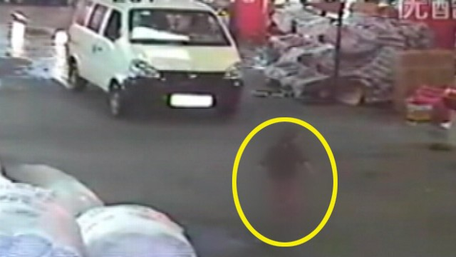 VIDEO: Passers-by ignored the toddler who was hit by van in the Chinese city of Foshan.