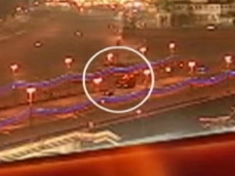 PHOTO: Video broadcast on Russian TV purportedly shows the moment when opposition leader Boris Nemtsov was shot near the Kremlin.