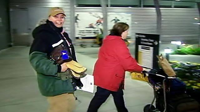 PHOTO: Renee-Nicole Douceur, who suffered an apparent stroke at the South Pole in the dead of winter, landed at a New Zealand airport after an emergency evacuation, Oct. 17, 2011.