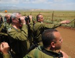 """PHOTO: The IDFs Chief of Staff Benjamin (Benny) Gantz conducted this morning an inspection on the Israeli Syrian border. He was joined by the CO Northern command Maj. Gen Yair Golan and the commander of the """"Gaash"""" division , Brig Gen Tamir Heyman."""