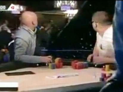 VIDEO: Robbers storm a Berlin hotel and make off with a poker tournament jackpot.