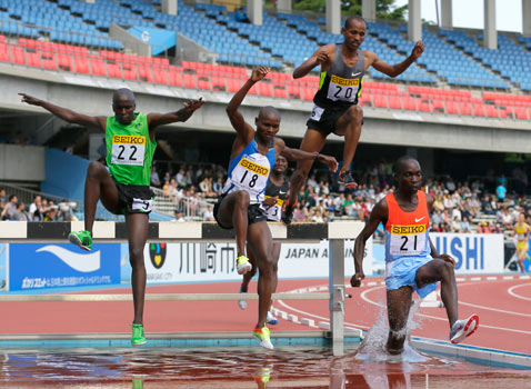 ap Athletics Golden grand prix sprint ss thg 120507 wblog Today in Pictures: May Day, Tornados, Monkeys, Russia Protests, Sarkozy Loses, and Baseball 