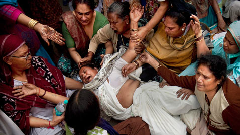 ap india eunuchs Kill thg 111121 wblog Today in Pictures : Nov. 21, 2011