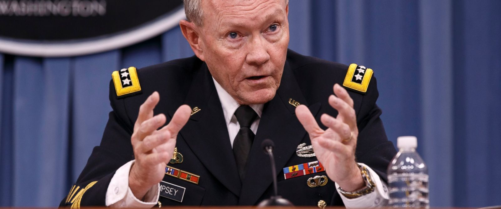 PHOTO: Joint Chiefs Chairman Gen. Martin Dempsey briefs reporters about ongoing operations against Islamic extremists in Syria and Iraq during a news conference at the Pentagon, Sept. 26, 2014.