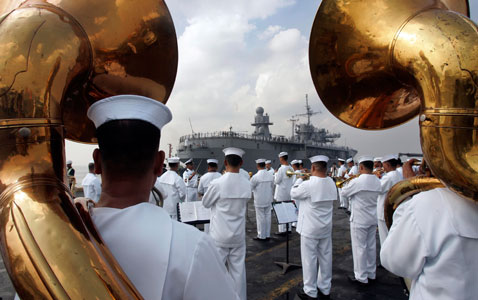 ap philippine navy nt 120323 wblog Today in Pictures: Pope in Mexico, Turkish Riots, Nepals Living Goddess
