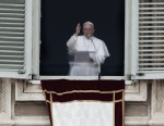 PHOTO:Pope Francis blesses the crowd in St. Peters Square after saying the Angelus prayer at the Vatican, Sunday, March 17, 2013.