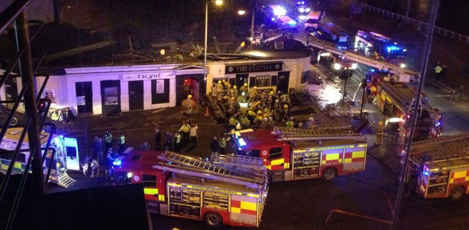 PHOTO: Picture of the helicopter crash at the Clutha Bar in Glasgow, Scotland, on Nov. 29, 2013, taken with permission from Jan Hollands Twitter feed, @Janney_h.