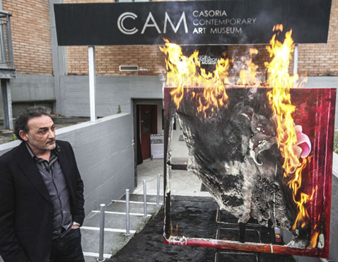apa burning art nt 120418 wblog Today in Pictures: Obama Super Fan, Burning Art, and the Masters Tournament