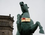 PHOTO: The missing golden Leibniz biscuit hangs from a horses neck in front of the Leibniz University in Hanover, Germany, on Feb. 5, 2013 after a Cookie Monster thief has been holding one of Germanys most famous biscuit-makers to ransom over the safe ret