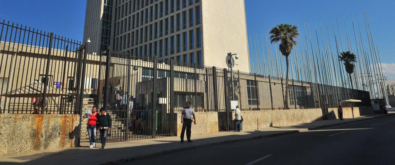 PHOTO: General view of the U.S. Interest Office in Havana, on Dec. 18, 2014.
