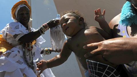 gty bahia dm 120209 wblog Today in Pictures: Mt. Etna Erupts, Protests in Maldivia, Celebrations in Brazil