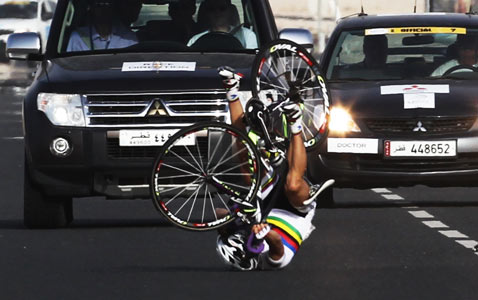 gty bicycle nt 120203 wblog Pictures of the Day: Egypt Protests, Soul Train, Lantern Festival