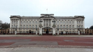 PHOTO: A general view of Buckingham Palace on Christmas Day on December 25, 2009 in London, England.
