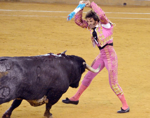 gty bullfighter Juan jose padilla blinded thg 120321 wblog The Season of El Toro