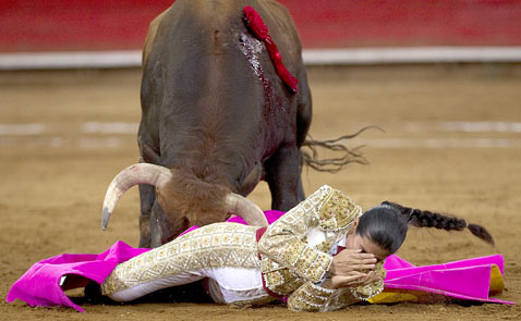 gty bullfighter Lupita Lopez thg 120321 wblog The Season of El Toro